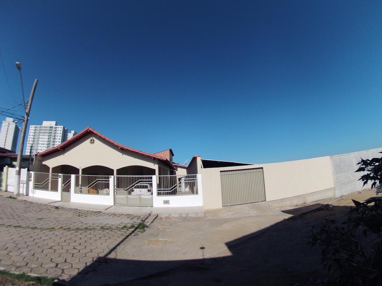 Casa Bairro Jequitibá – Rua Américo Crivilim
